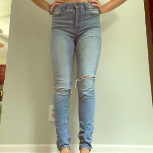 Hollister High Rise Super Skinny Ripped Jeans Sz 5